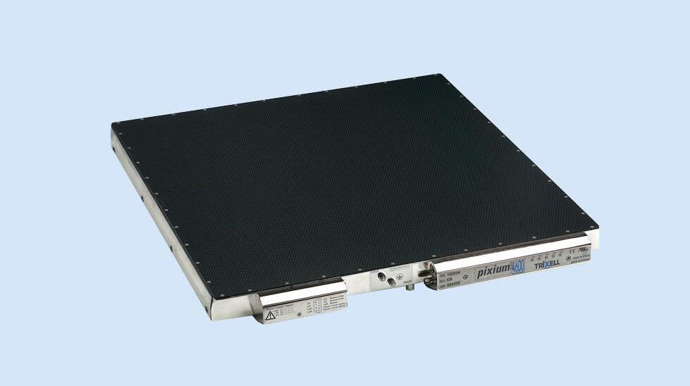 Fabrication du 1er détecteur de rayons X à écran plat pour la radiographie numérique